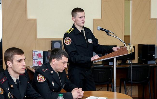 У Черкасах розпочала роботу Всеукраїнська науково-практична конференція курсантів і студентів