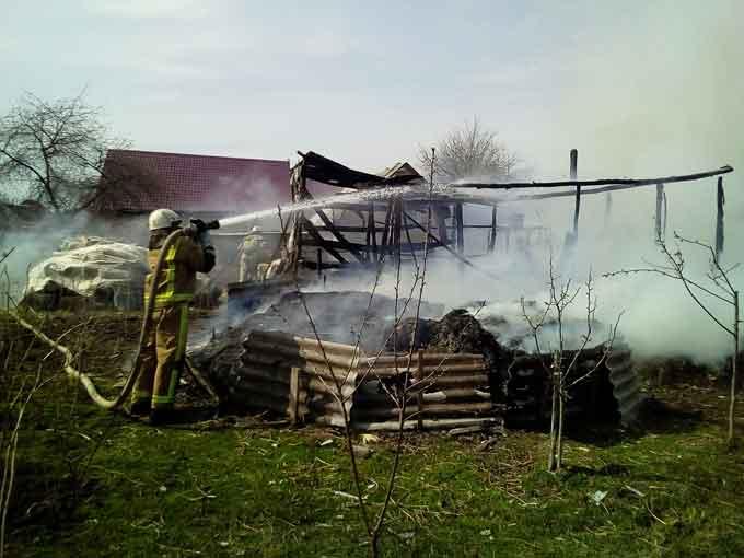 За добу в області рятувальники ліквідували 12-ть загорань сухої трави