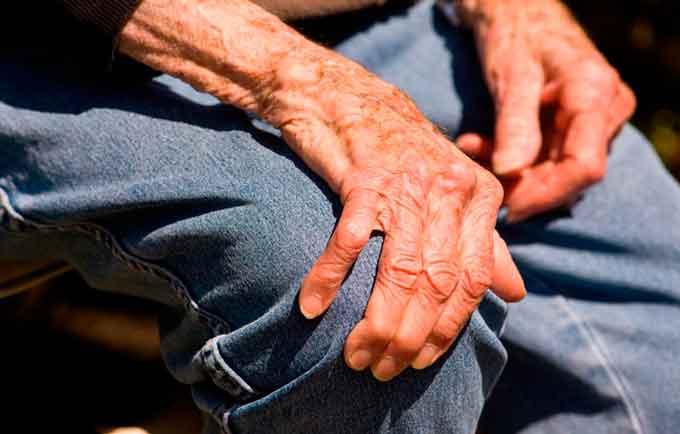 На хворобу Паркінсона у Черкасах цьогоріч захворіли вже понад 200 осіб