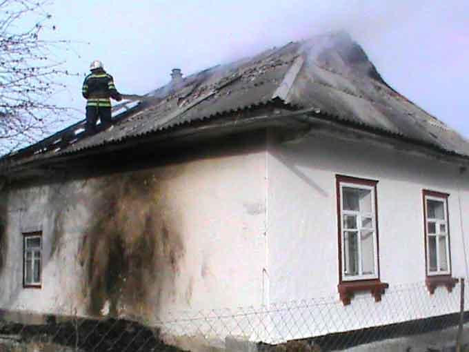 В селі Попудня горів житловий будинок