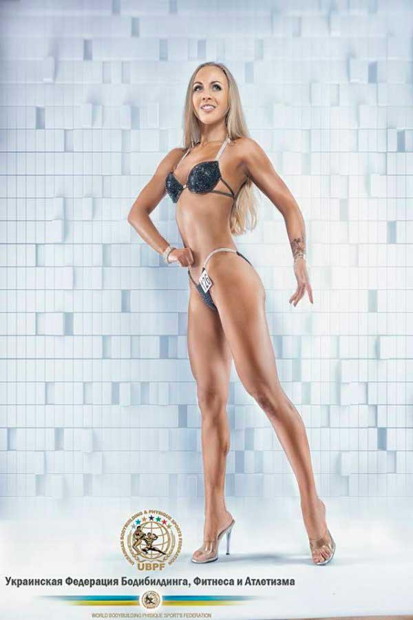 Олександра Дзигал стала молодим перспективним тренером та фітнес-моделлю