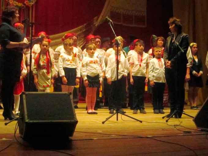 У Катеринополі відбувся огляд фольклорних колективів «Барви нашого краю»