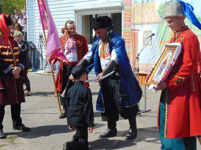 Фоторепортаж: на Звенигородщині започатковано традицію відзначати щорічно свято Вільного Козацтва