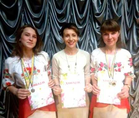 Дівчата з Балаклеї стали лауреатами Міжнародного благодійного фестивалю-конкурсу «Квітуча Україна»