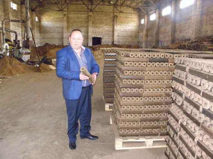 Підприємець з Лисянщини виготовляє пелети для гідролізних котлів
