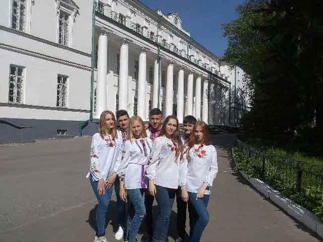 На Всеукраїнському конкурсі вихованці Чорнобаївської школи мистецтв отримали призові місця