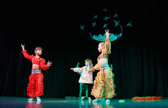 Театралізовану хореографічну виставу «Скарби Алі-Баби» представили вихованці Театру танцю «ТАІР»