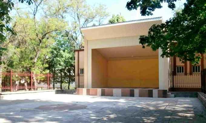 У Звенигородці оновлено майданчик відпочинку у міському парку