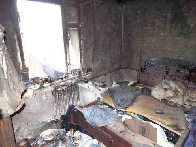 У Смілі рятувальники ліквідували пожежу у багатоквартирному будинку