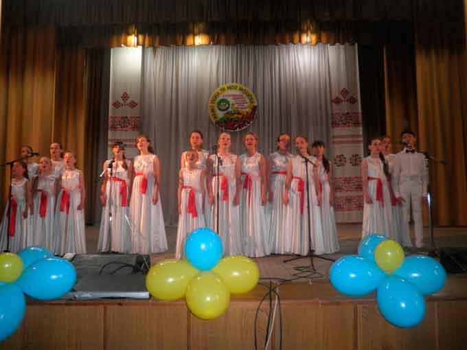 Фестиваль-конкурс «Мамо рідна, ти моя молитва» відбувся у Тальному