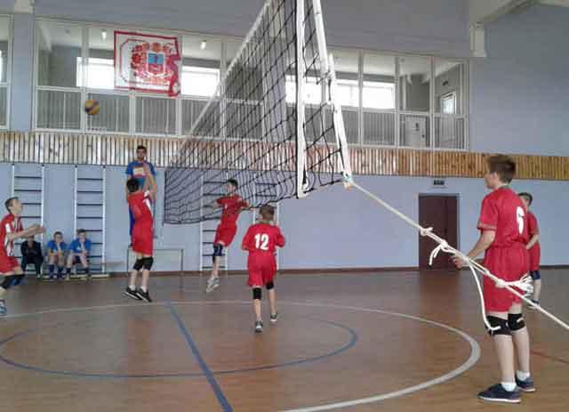 Юні смілянські волейболісти стали чемпіонами області