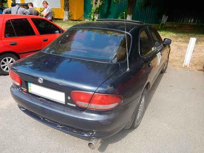 В сервісному центрі МВС міста Звенигородка виявили автомобіль Mazda Xedos з перебитим номером кузова