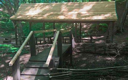 """""""Тарасова криниця"""" є гідрологічною пам'яткою природи місцевого значення"""