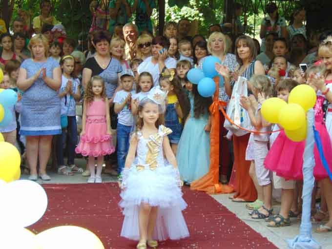У Звенигородці відбувся фестиваль «В країні дитячої творчості»