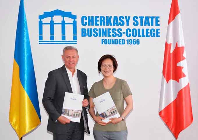 Черкаська молодь буде навчатись за українсько-канадськими програмами і продовжувати освіту в Канаді