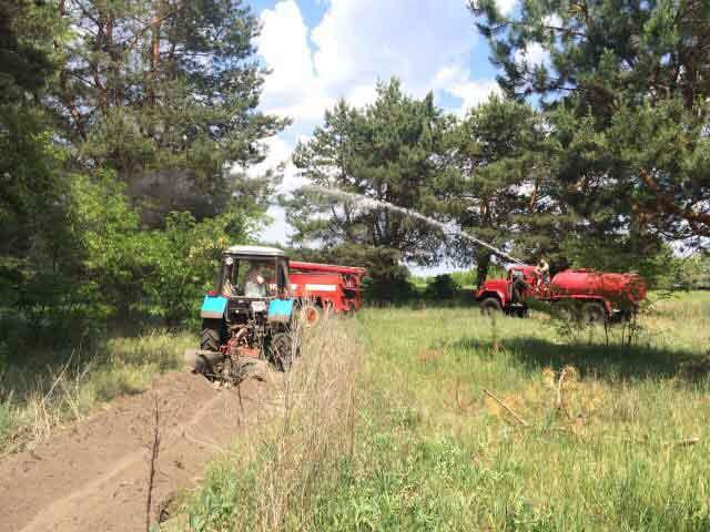 Навики з гасіння лісових пожеж відпрацьовували смілянські лісівники та рятувальники