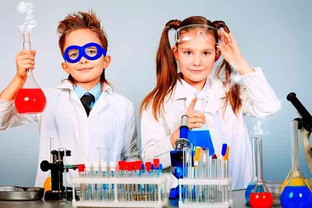 У Черкасах працюватимуть 10 наукових таборів