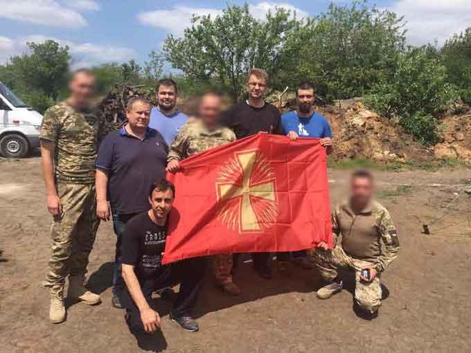 Золотоніські депутати разом з мером відвідали зенітників в зоні АТО