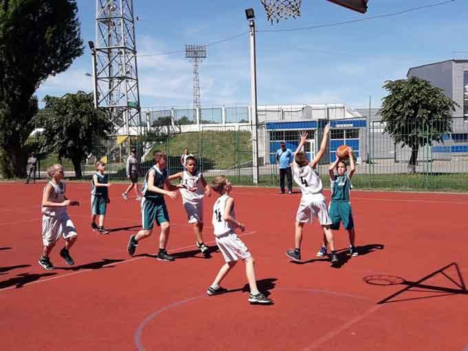 Відбувся відкритий чемпіонат міста з баскетболу серед юнаків