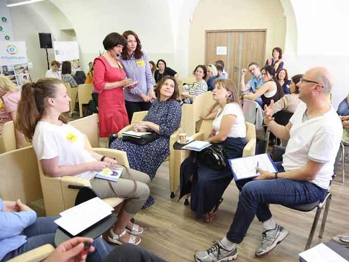 Смілянська вчителька відвідала тренінг з ненасильницького спілкування