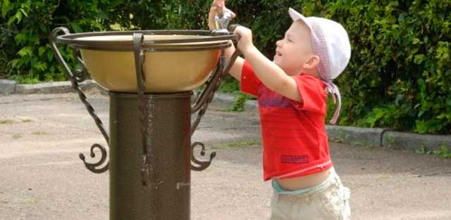 Черкаський «Водоканал» звертається до громадян, щоб не трощили питні фонтанчики