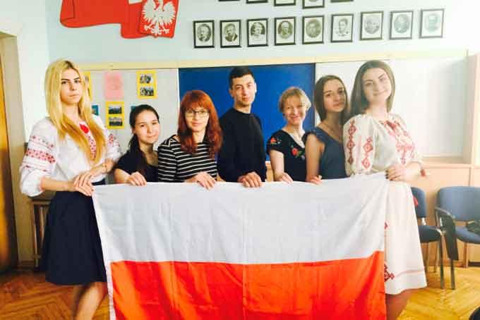 Студенти ЧНУ влітку поїдуть на навчання до Польщі