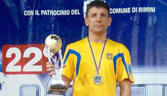 Викладач ЧІПБ став володарем Кубку Світу з кікбоксингу