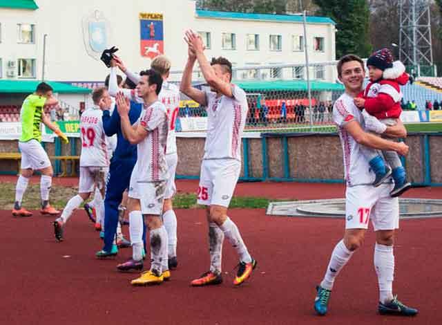 Гравці продовжують залишати ФК «Черкаський Дніпро»