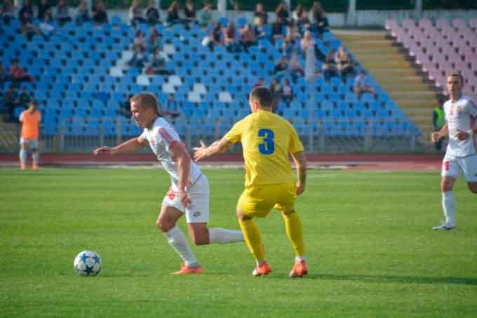 Черкаський Дніпро здобув перемогу у другому контрольному матчі