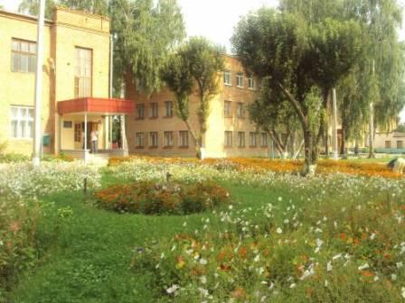 Голова Монастирищенської РДА відвідав школу-інтернат та райлікарню