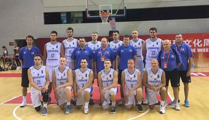 Кобець та Бояркін допомогли студентській збірній України вийти у півфінал турніру в Китаї