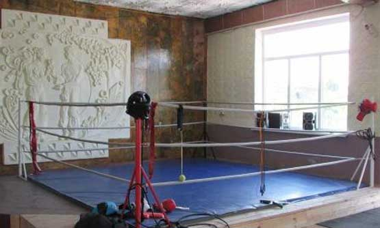 У міському Будинку культури Шполи відтепер власний боксерський комплекс (фото)