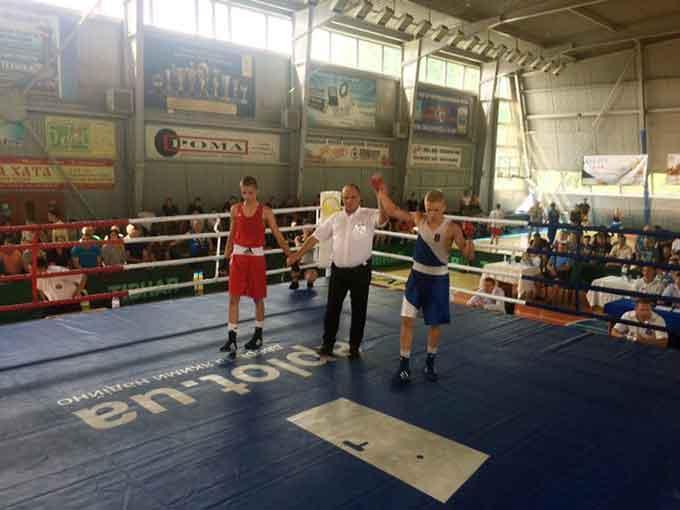 Уманські боксери здобули перемоги на чемпіонаті України