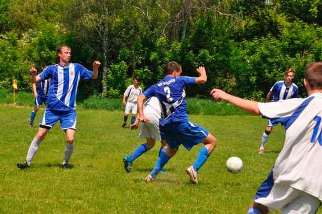 Відбулися матчі ХІ туру Чемпіонату Драбівського району з футболу