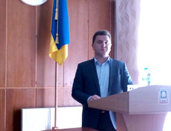 Вельбівець закликав маньківських депутатів позакривати сільські школи