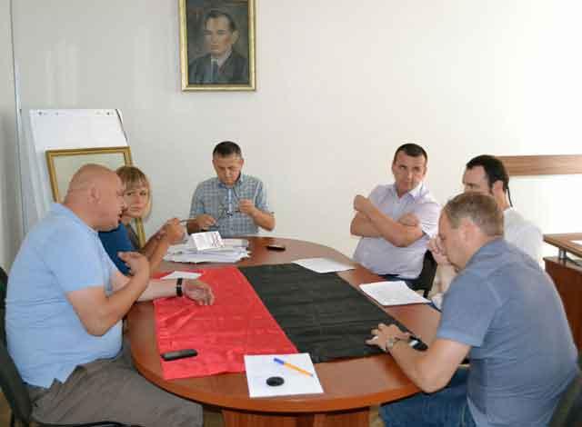 В Черкасах обговорено питання створення муніципального футбольного клубу