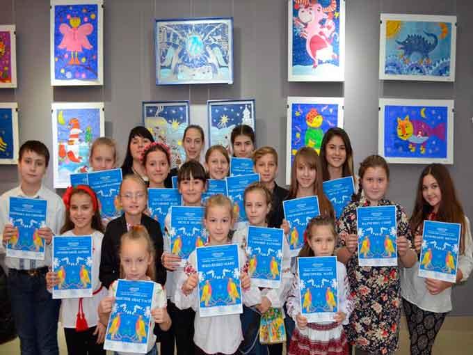 Зразкова художня студія декоративно-прикладного мистецтва «Сходинки» отримала почесне звання «Народний художній колектив»
