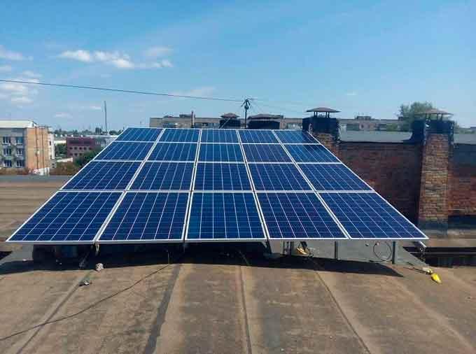 У ЧДТУ встановили сонячні батареї