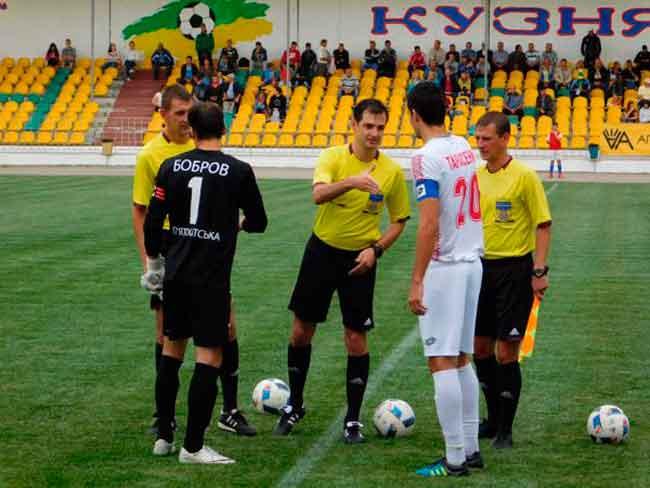 Завтра «Черкаський Дніпро» зіграє з ФК «Інгулець»
