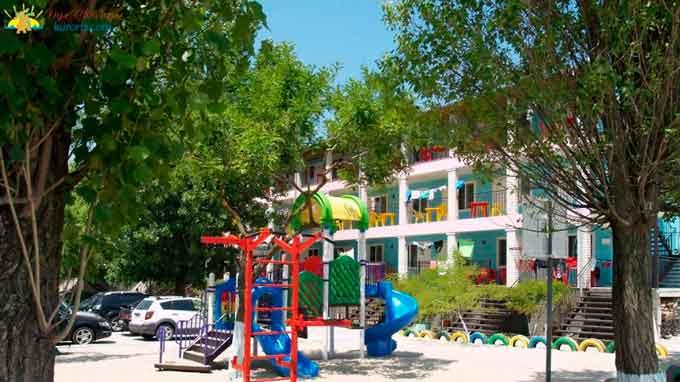 Департамент освіти незаконно передав в оренду частину колишньої дитячої оздоровчої бази