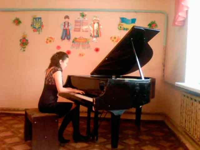 Завершено ремонт Мошнівської музичної школи