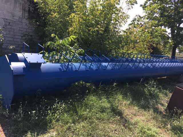 У Монастирищенській ЦРЛ замінюють димовідвідну трубу (фото)