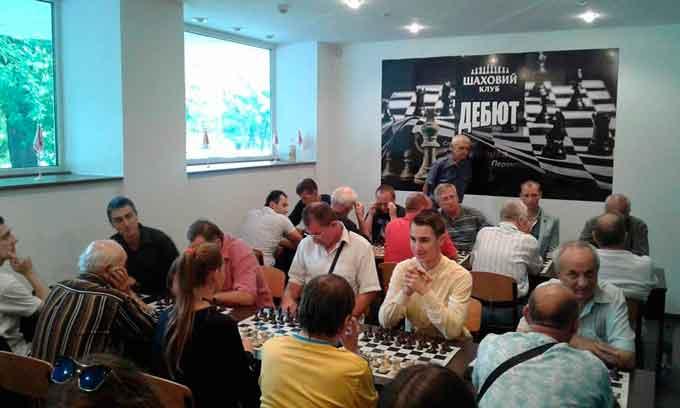 У Черкасах відбувся турнір з блискавичних шахів