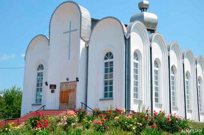 Очільники Тального привітали євангельських християн-баптистів із річницею міського Дому Молитви
