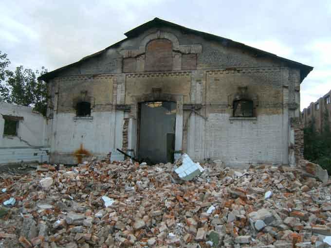 У Жашківському районі ліквідувана пожежа на території колишнього цукрового заводу