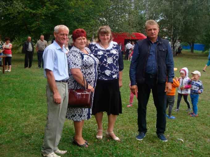 На Драбівщині три села відзначили іменини