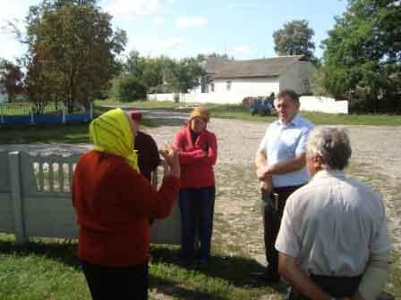 Олег Недогода провів виїзний прийом громадян в селі Зюбриха