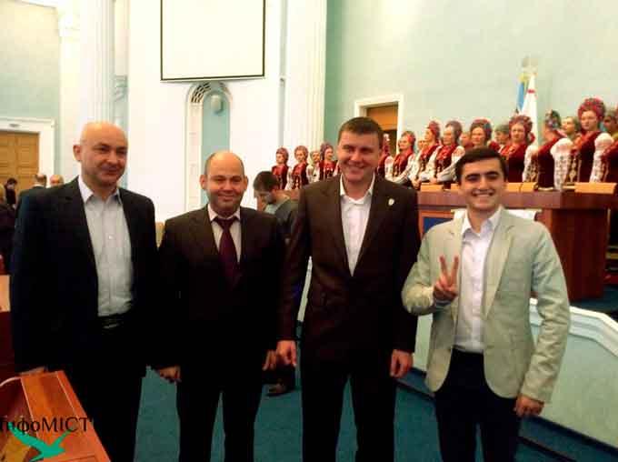 УКРОП погрожує трьом депутатам відкликанням