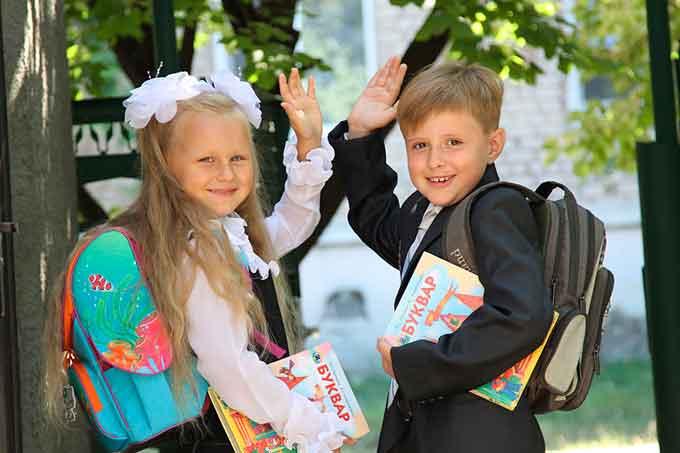 На Черкащині майже тринадцять тисяч дітей вперше сяде за парти цього року