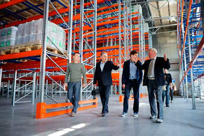 Делегація з Євросоюзу побувала на черкаському виробництві групи компаній Ukravit